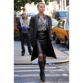 """Margot Robbie in """"The Wolf of Wall Street"""" Black Leather Coat"""
